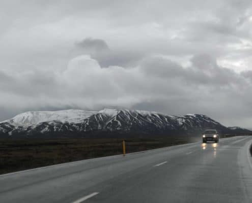 IMG 8577 495x400 - Krajobrazy, gejzery i spotkanie z Ambasadorem, czyli SkandPol w Islandii