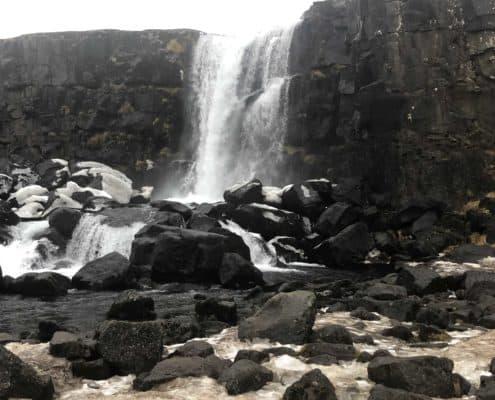 IMG 8651 495x400 - Krajobrazy, gejzery i spotkanie z Ambasadorem, czyli SkandPol w Islandii