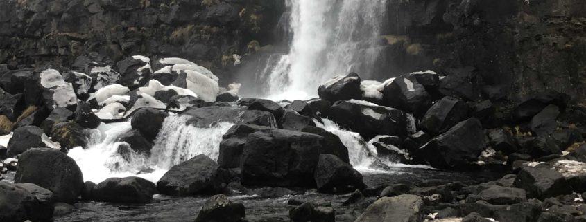 IMG 8652 845x321 - Krajobrazy, gejzery i spotkanie z Ambasadorem, czyli SkandPol w Islandii