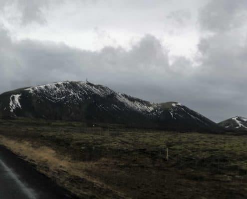 IMG 8666 495x400 - Krajobrazy, gejzery i spotkanie z Ambasadorem, czyli SkandPol w Islandii
