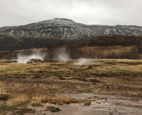 IMG 8676 495x400 - Krajobrazy, gejzery i spotkanie z Ambasadorem, czyli SkandPol w Islandii