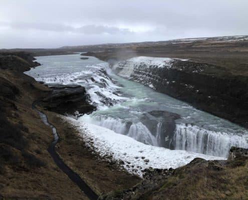 IMG 8790 495x400 - Krajobrazy, gejzery i spotkanie z Ambasadorem, czyli SkandPol w Islandii