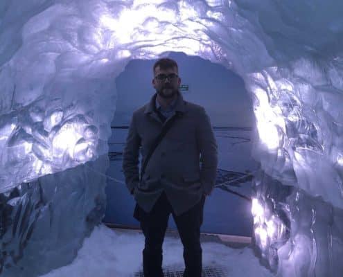IMG 8822 e1573832398402 495x400 - Krajobrazy, gejzery i spotkanie z Ambasadorem, czyli SkandPol w Islandii