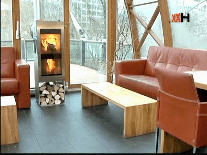 PUR w ogrodzie zimowym 705x529 - Eco-friendly fireplaces for the home - new in the offer