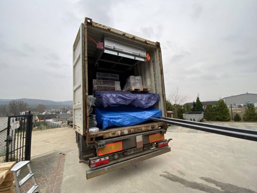 IMG 3330 1030x772 - Reydarfjordur - transport sent