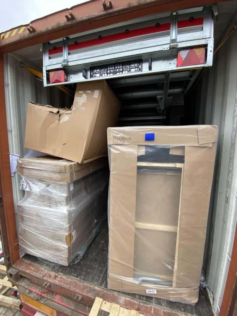 2 772x1030 - Transport of building materials to Reykjavik