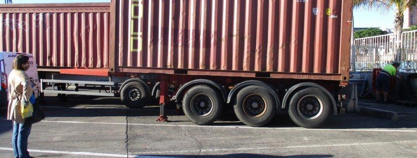 kontener w porcie Kopiowanie 845x321 - Eksport na Teneryfę