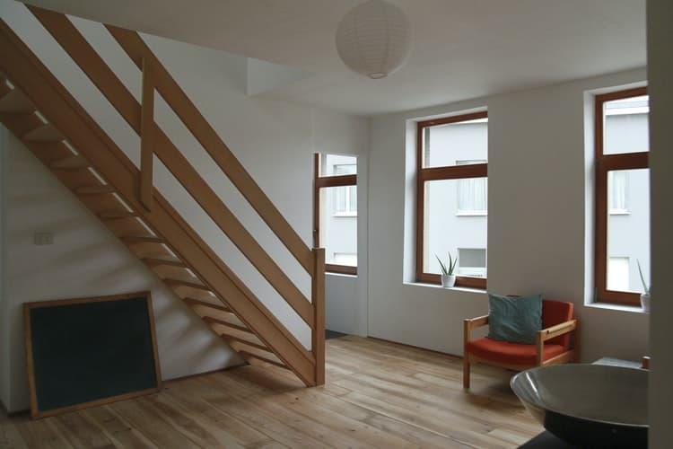 okna skandynawski styl - Jaki kolor okna do nowoczesnego domu? Zainspiruj się!