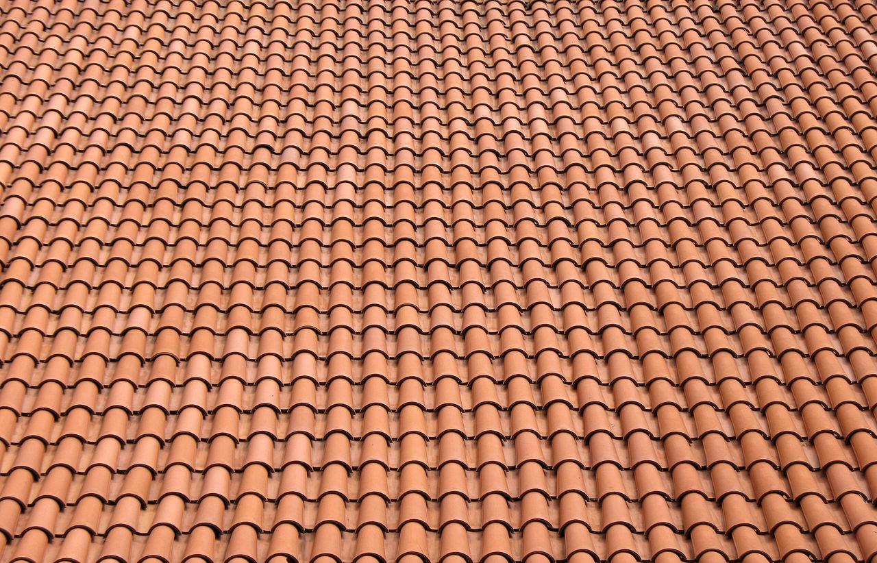 1280px Dach mnisz i mniszka - Dachówka ceramiczna - poznaj wszystkie za i przeciw